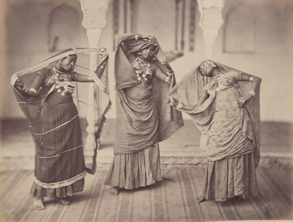 Albom fotografii indiiskoi arhitektury vzgliadov liudei 18
