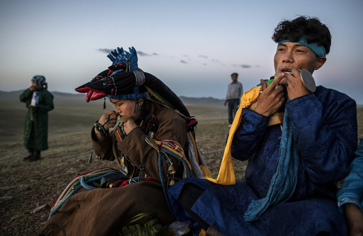 Shamanskie-ritualy-v-Mongolii 16
