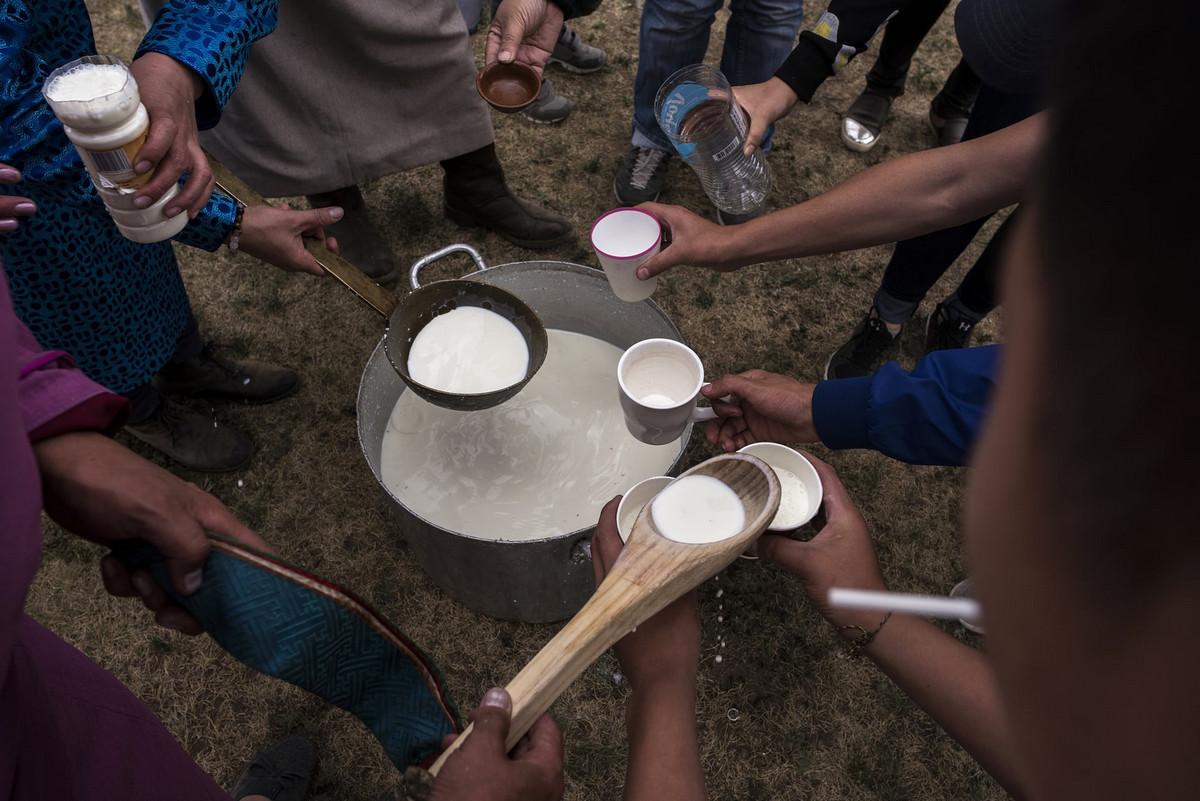 Shamanskie-ritualy-v-Mongolii 4