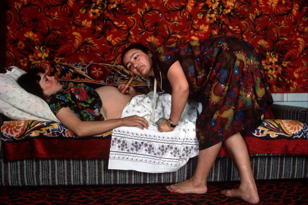 От печали до радости: моменты человеческого бытия в работах фотожурналиста Питера Тёрнли 22