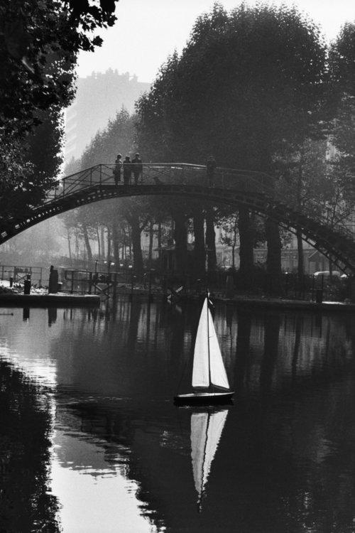 От печали до радости: моменты человеческого бытия в работах фотожурналиста Питера Тёрнли 31