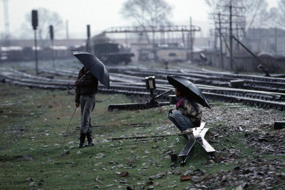 От печали до радости: моменты человеческого бытия в работах фотожурналиста Питера Тёрнли 32