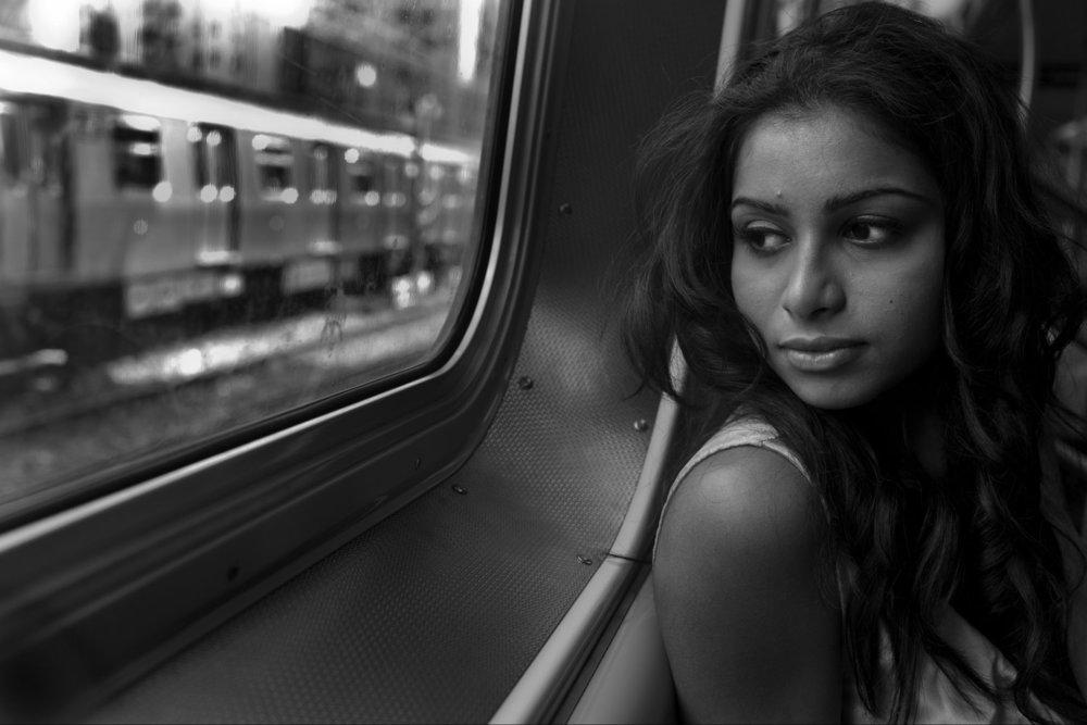 От печали до радости: моменты человеческого бытия в работах фотожурналиста Питера Тёрнли 41