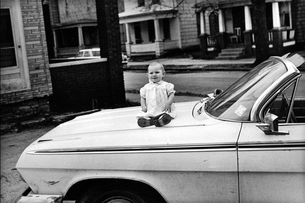 От печали до радости: моменты человеческого бытия в работах фотожурналиста Питера Тёрнли 61