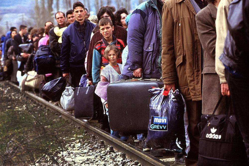 От печали до радости: моменты человеческого бытия в работах фотожурналиста Питера Тёрнли 67