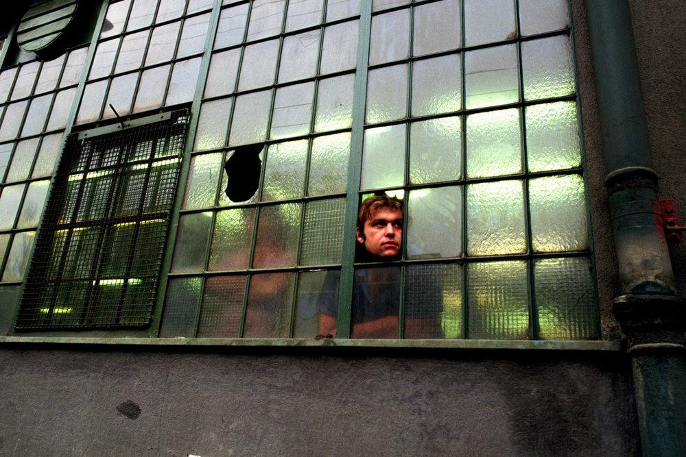 От печали до радости: моменты человеческого бытия в работах фотожурналиста Питера Тёрнли 80