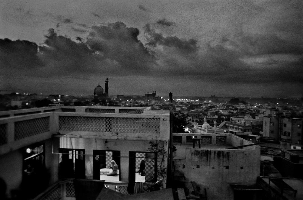 https://cameralabs.org/media/lab18/08/15-3/fotograf_raghu_rai-37.jpg