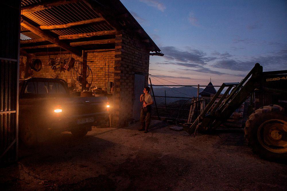 «Школа пастухов» – проект испанского фотографа Джоана Альвадо 13