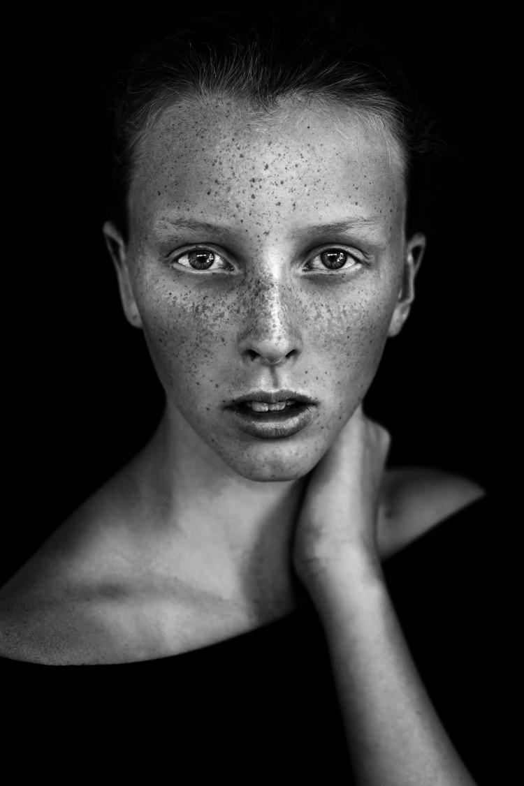 Победители конкурса чёрно-белой фотографии MonoVisions Photography Awards 2018 29