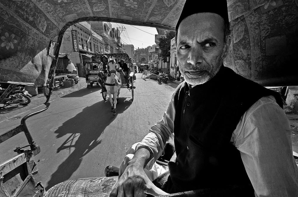 Победители конкурса чёрно-белой фотографии MonoVisions Photography Awards 2018 35