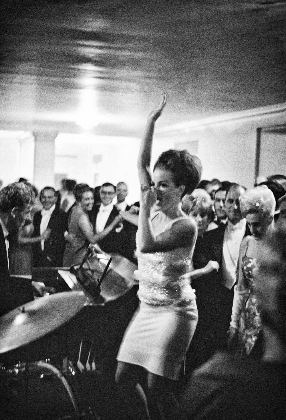 San-Frantsisko-ulichnye-fotografii-1940-50-godov-Freda-Liona 23