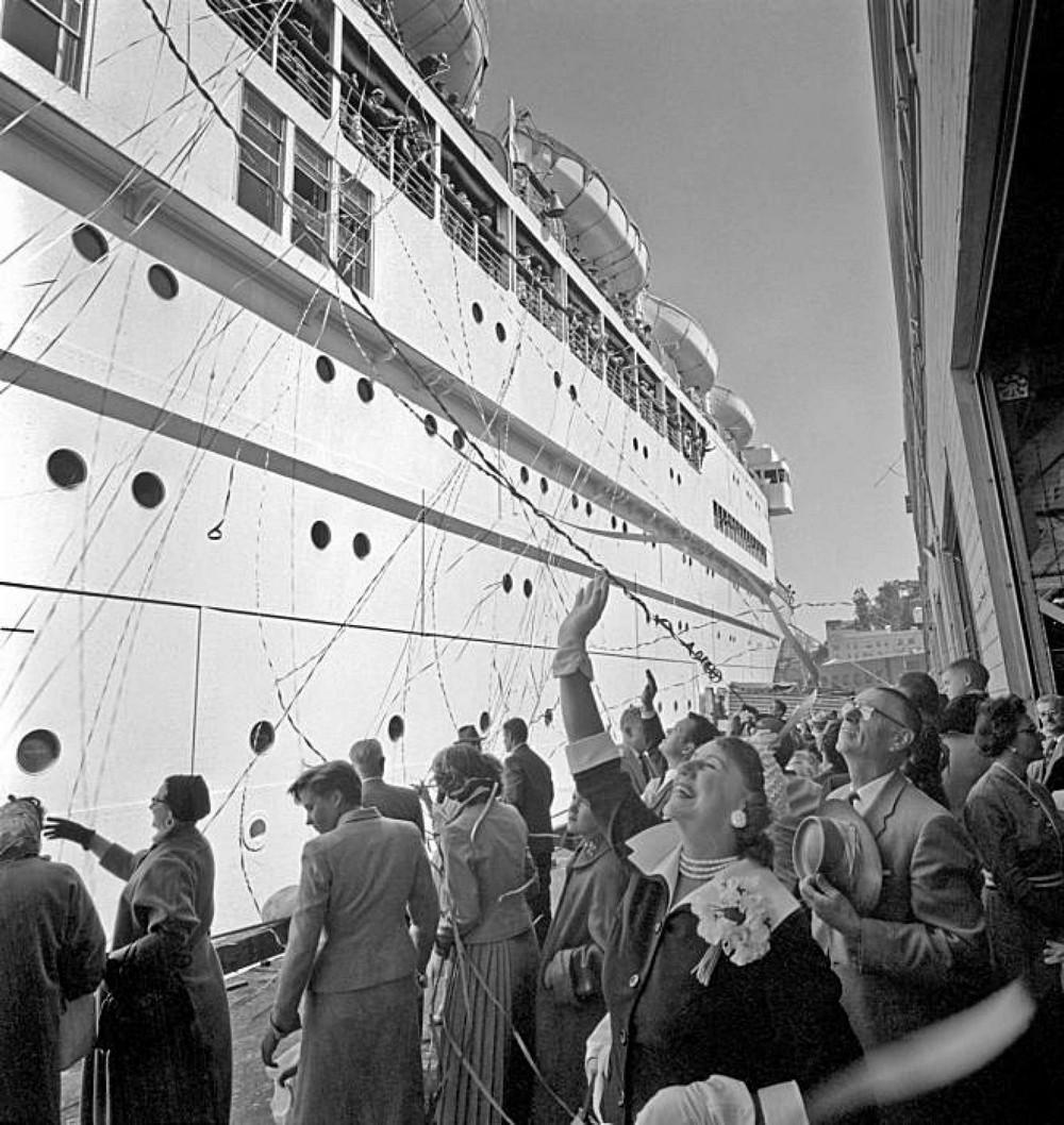 San-Frantsisko-ulichnye-fotografii-1940-50-godov-Freda-Liona 34