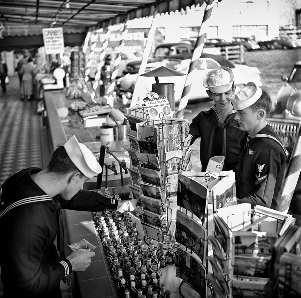 San-Frantsisko-ulichnye-fotografii-1940-50-godov-Freda-Liona 38
