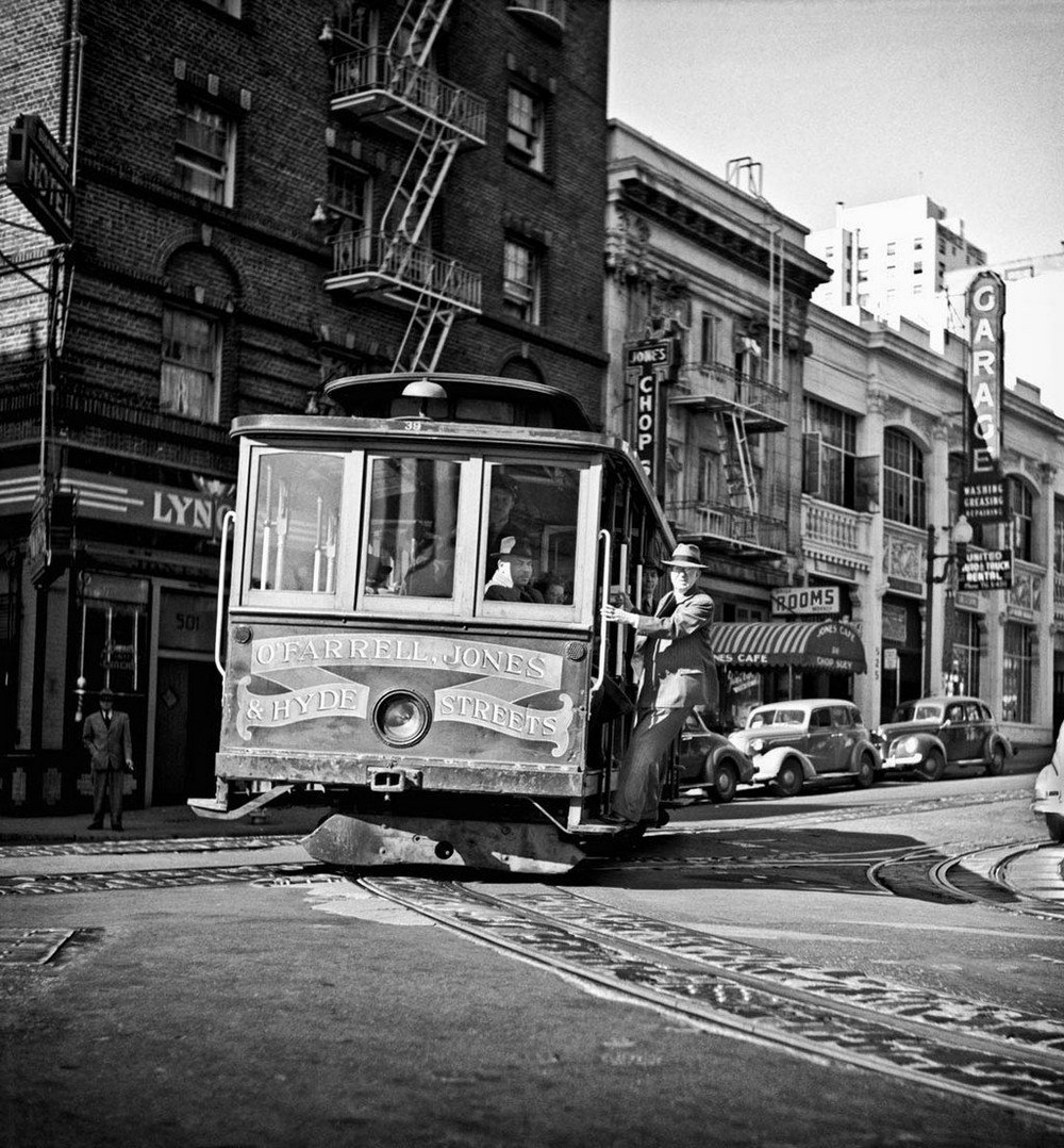 San-Frantsisko-ulichnye-fotografii-1940-50-godov-Freda-Liona 44