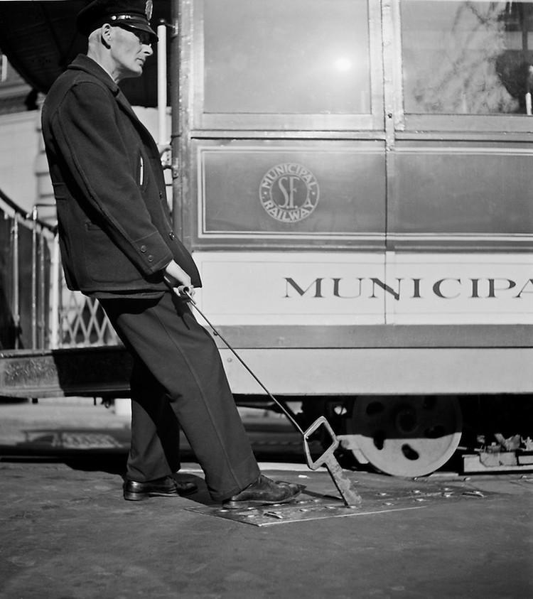 San-Frantsisko-ulichnye-fotografii-1940-50-godov-Freda-Liona 58