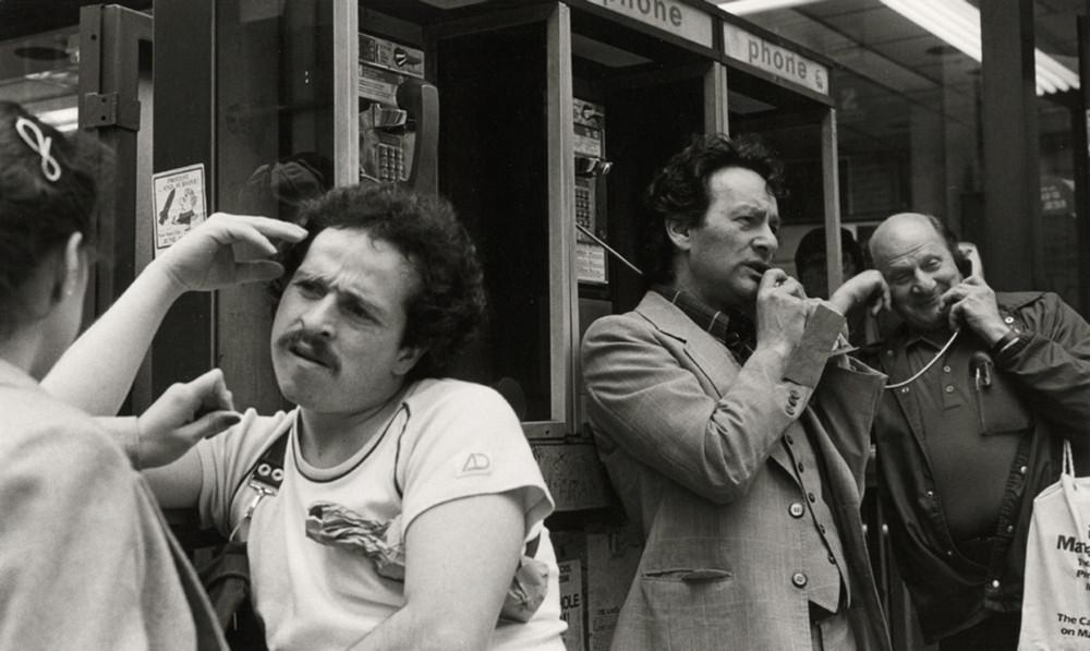 Уличная жизнь Нью-Йорка с 1930-х до 80-х годов в фотографиях Элен Левитт 8