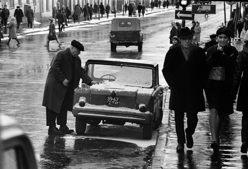 Люди и их чувства на снимках 1960-80-х годов казанского фотографа Рустама Мухаметзянова 16