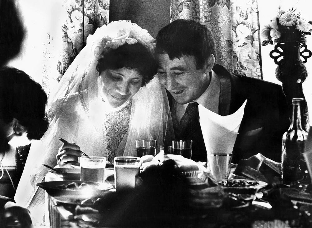 Люди и их чувства на снимках 1960-80-х годов казанского фотографа Рустама Мухаметзянова 41