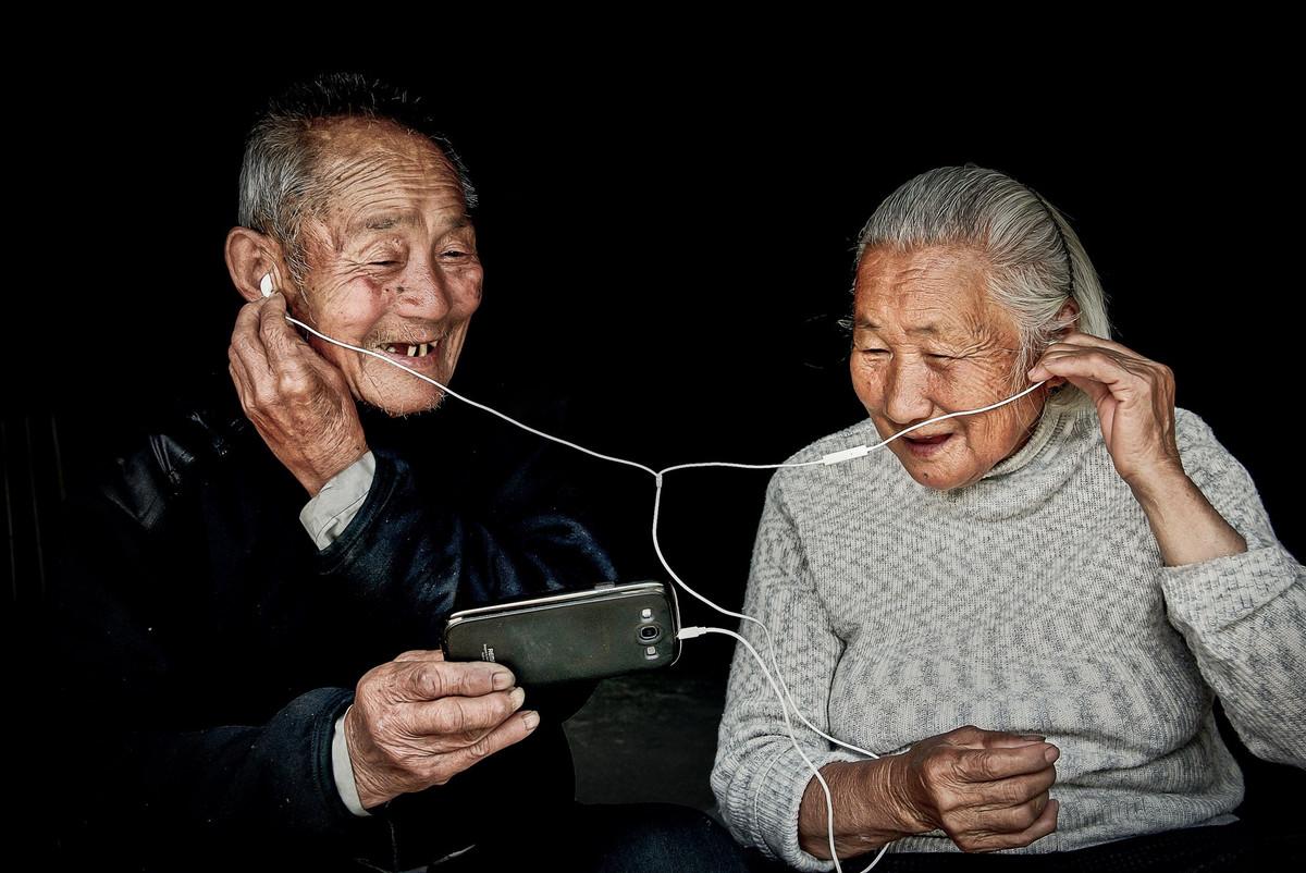 Обворожительные лица в работах победителей конкурса Siena International Photo Awards 2018 16