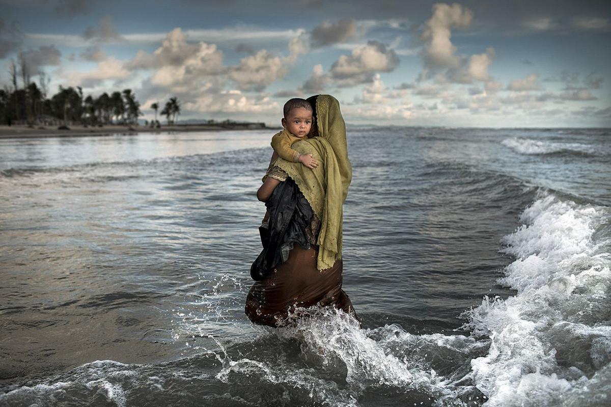 Обворожительные лица в работах победителей конкурса Siena International Photo Awards 2018 21