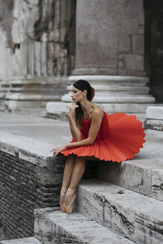 fotografii-tantsorov-v-bumazhnyh-kostyumah 25