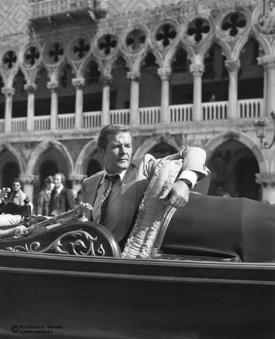 Редкие фотографии извесÑ'Ð½Ñ‹Ñ Ð»ÑŽÐ´ÐµÐ¹, отдыÑÐ°ÑŽÑ‰Ð¸Ñ Ð² Венеции в 1950-60-е годы 18