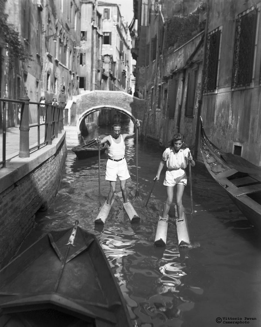 Редкие фотографии извесÑ'Ð½Ñ‹Ñ Ð»ÑŽÐ´ÐµÐ¹, отдыÑÐ°ÑŽÑ‰Ð¸Ñ Ð² Венеции в 1950-60-е годы 22