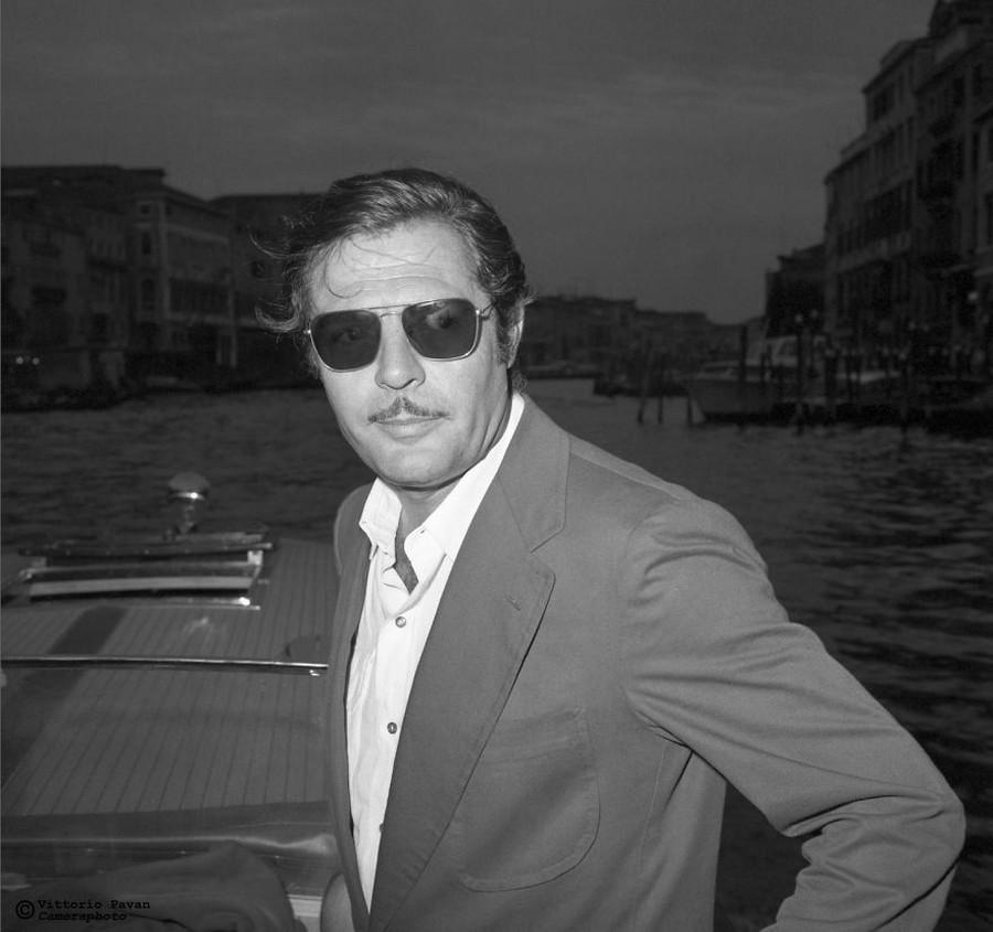 Редкие фотографии извесÑ'Ð½Ñ‹Ñ Ð»ÑŽÐ´ÐµÐ¹, отдыÑÐ°ÑŽÑ‰Ð¸Ñ Ð² Венеции в 1950-60-е годы 25