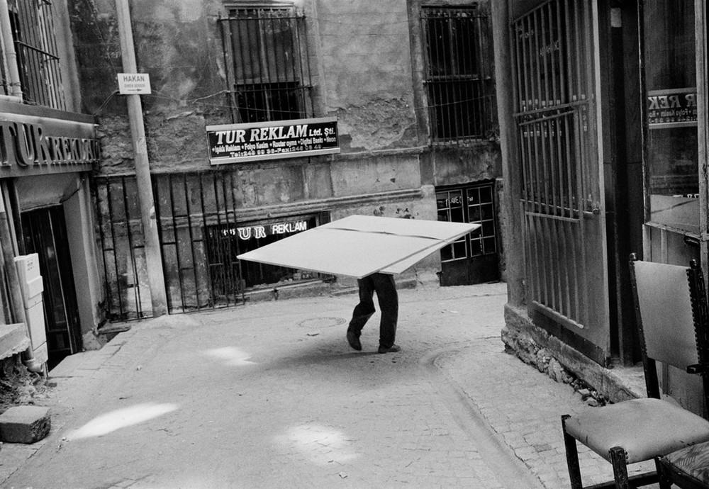 Репортаж с пристрастием. Греческий фотограф Никос Экономопулос 47