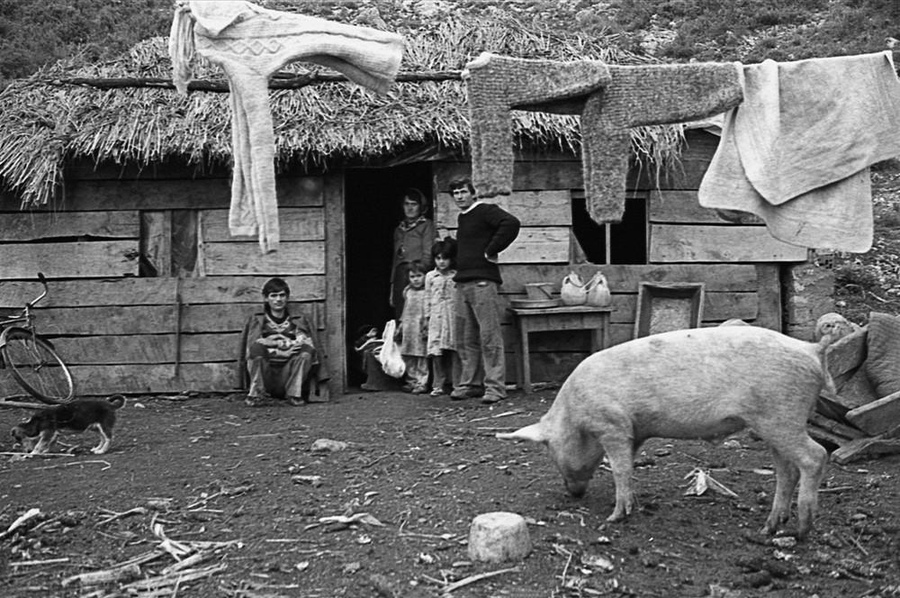 Репортаж с пристрастием. Греческий фотограф Никос Экономопулос 60