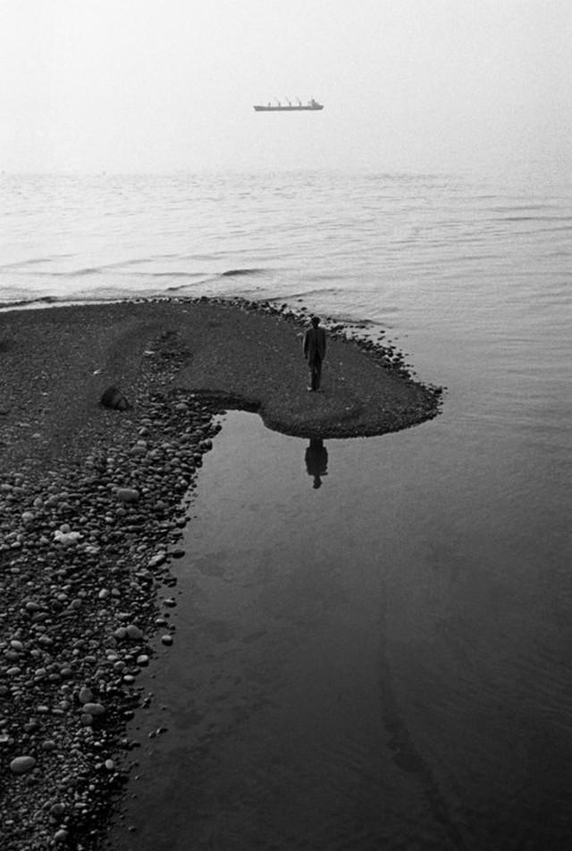 Репортаж с пристрастием. Греческий фотограф Никос Экономопулос 69