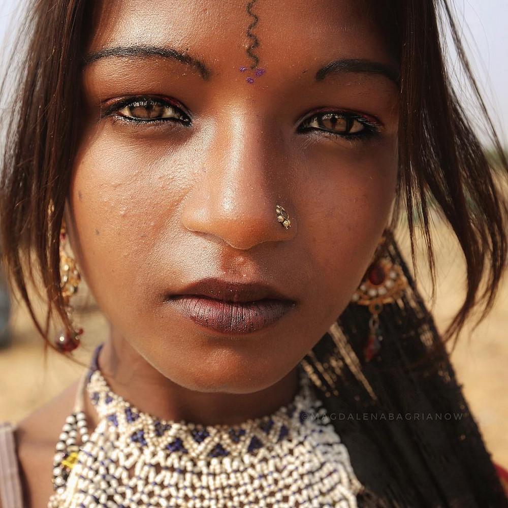 ulichnye-portrety-iz-Indii-fotograf-Magdalena-Bagryanov 1