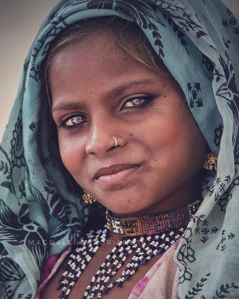 ulichnye-portrety-iz-Indii-fotograf-Magdalena-Bagryanov 13