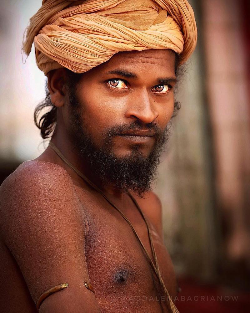 ulichnye-portrety-iz-Indii-fotograf-Magdalena-Bagryanov 15