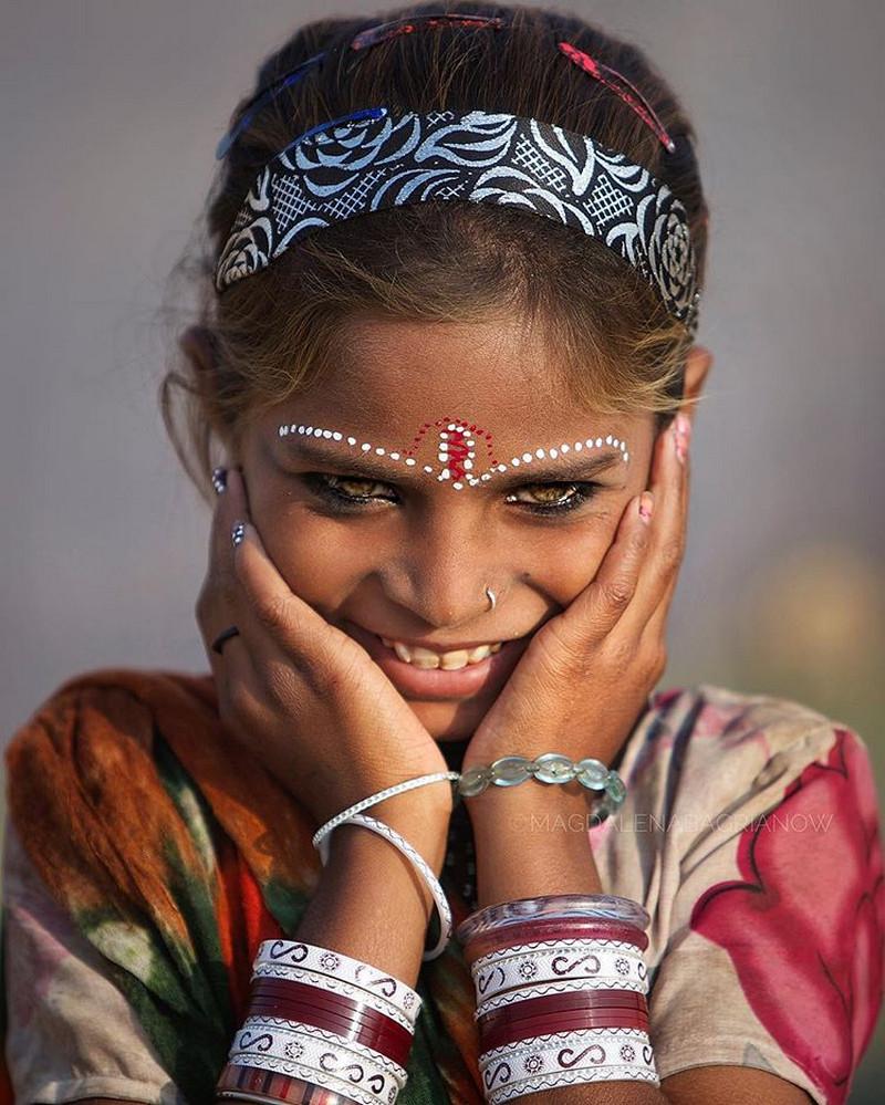 ulichnye-portrety-iz-Indii-fotograf-Magdalena-Bagryanov 20