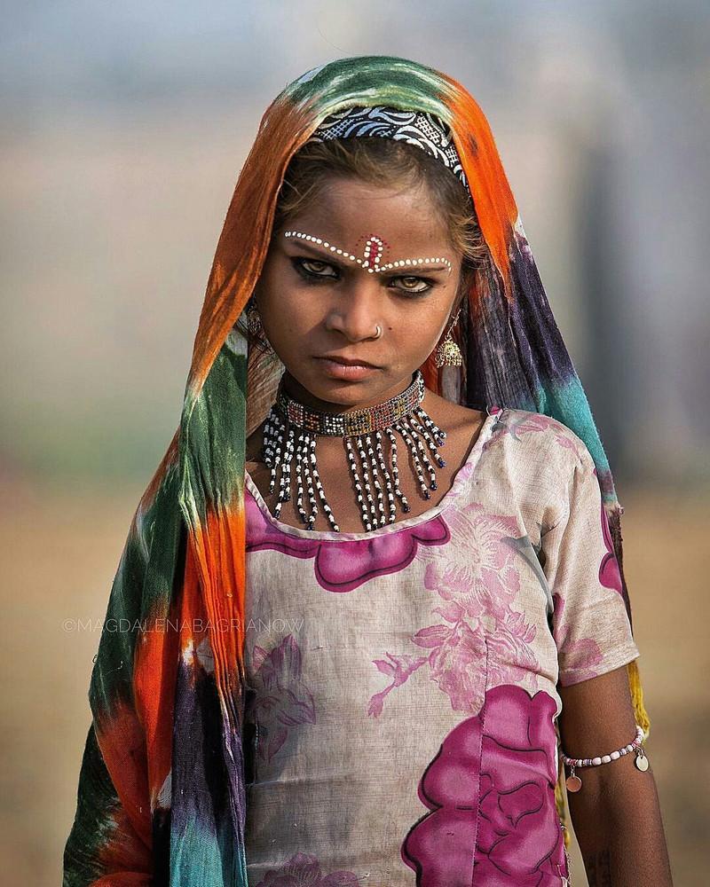 ulichnye-portrety-iz-Indii-fotograf-Magdalena-Bagryanov 21