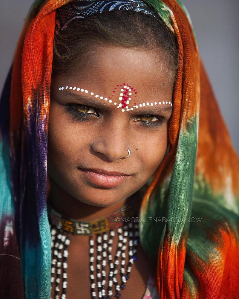 ulichnye-portrety-iz-Indii-fotograf-Magdalena-Bagryanov 23