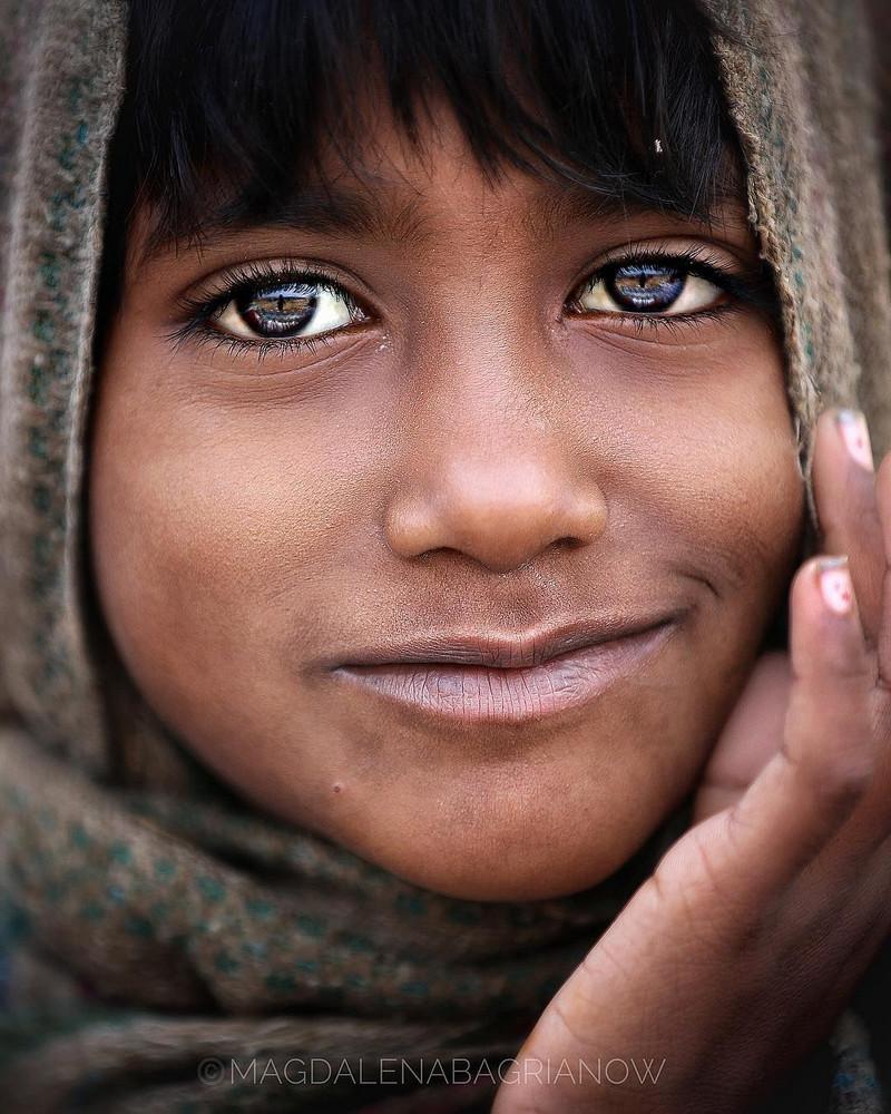 ulichnye-portrety-iz-Indii-fotograf-Magdalena-Bagryanov 25