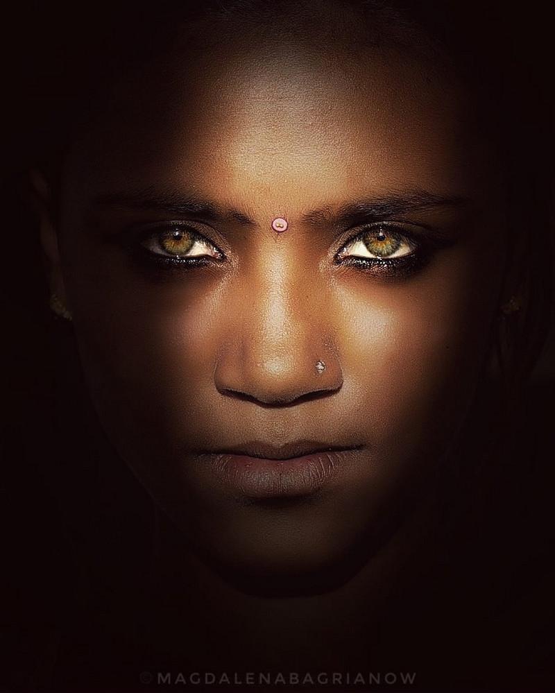 ulichnye-portrety-iz-Indii-fotograf-Magdalena-Bagryanov 27