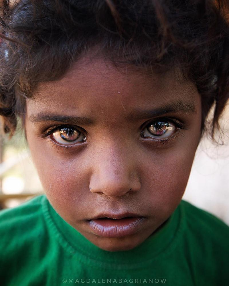 месяц, красивые и редкие глаза на фото фотографы список