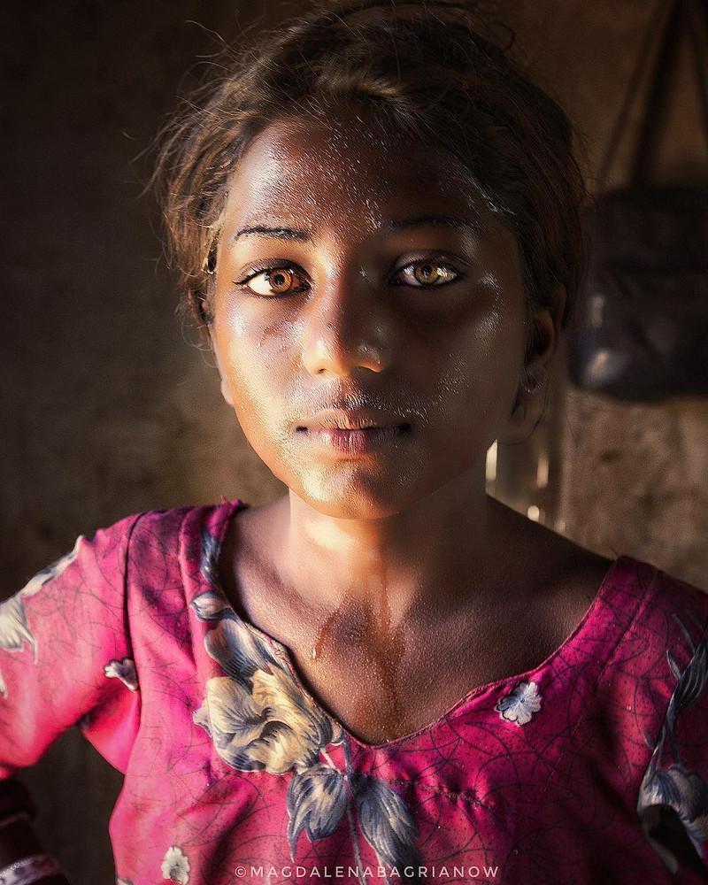 ulichnye-portrety-iz-Indii-fotograf-Magdalena-Bagryanov 33