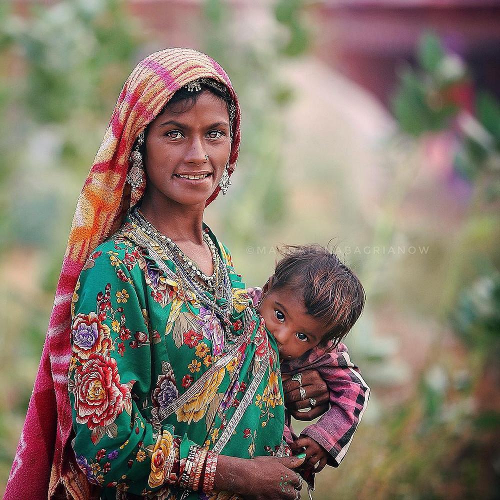 ulichnye-portrety-iz-Indii-fotograf-Magdalena-Bagryanov 5