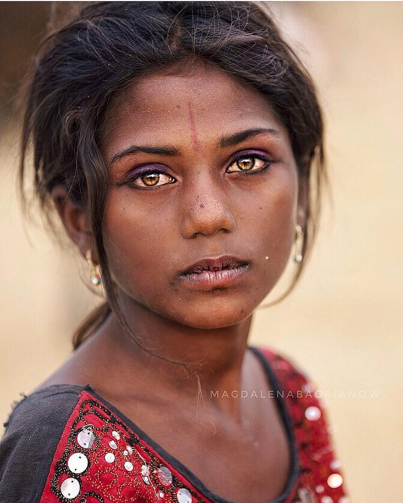 ulichnye-portrety-iz-Indii-fotograf-Magdalena-Bagryanov 7
