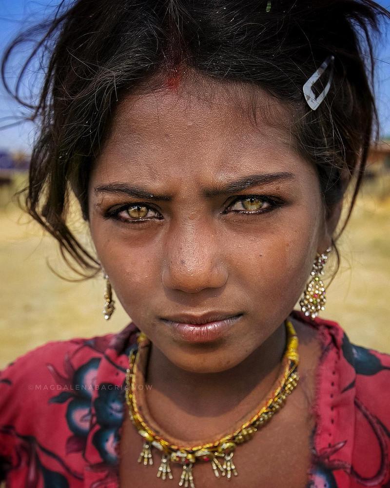 ulichnye-portrety-iz-Indii-fotograf-Magdalena-Bagryanov 8