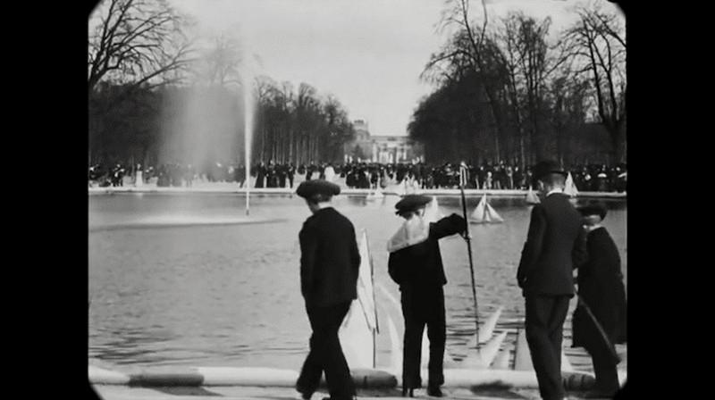 Синематограф братьев Люмьер. Променад по Парижу конца XIX века5