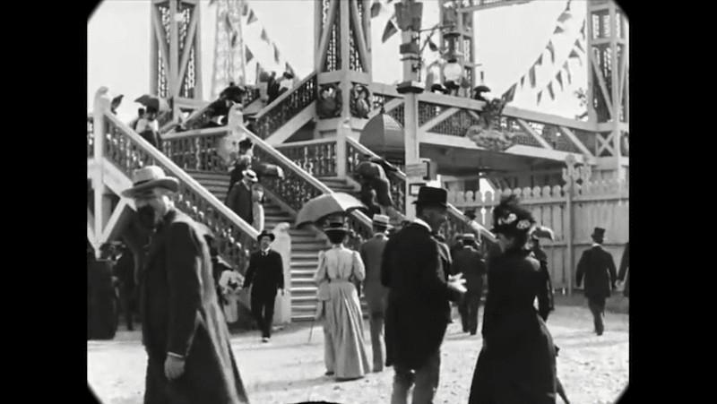 Синематограф братьев Люмьер. Променад по Парижу конца XIX века8
