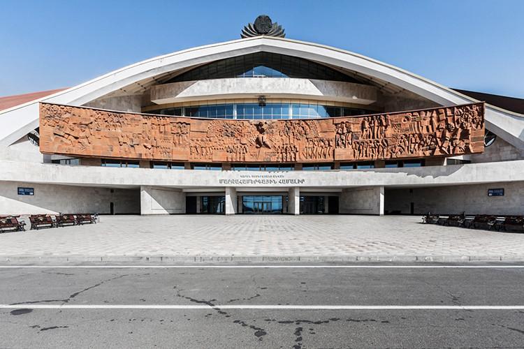 sovetskaya arhitektura natsionalnaya 1 8