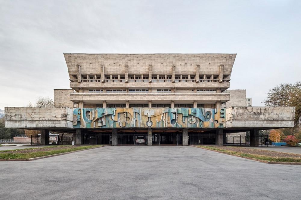 sovetskaya arhitektura natsionalnaya 21