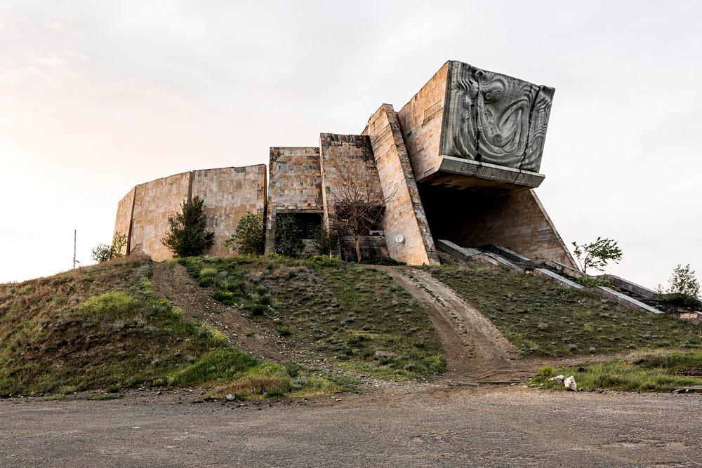 sovetskaya arhitektura natsionalnaya 8