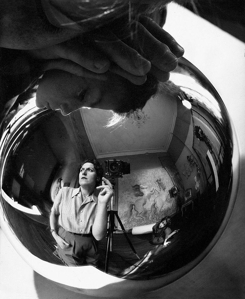 Тело, свет, отражение. Легенда аргентинской фотографии Аннемари Генрих 18